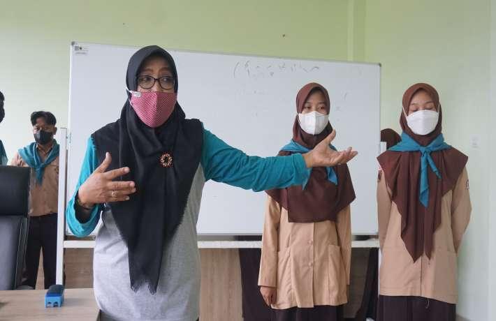 ESC Mansa jadi Tutor for Junior di MTs Negeri 1 Kebumen